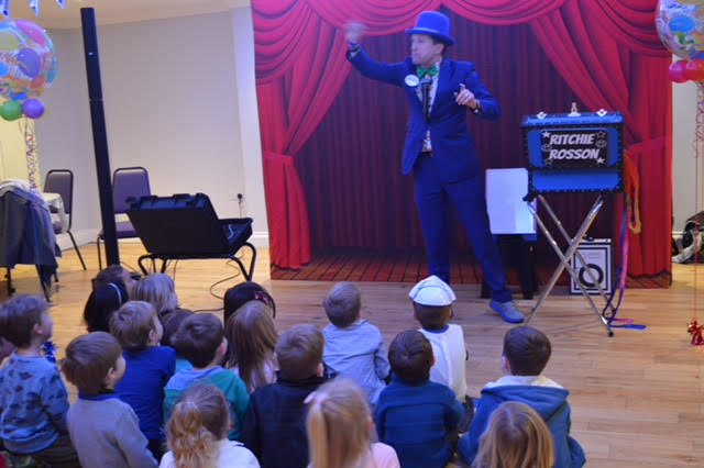 Funny magic show London and Surrey